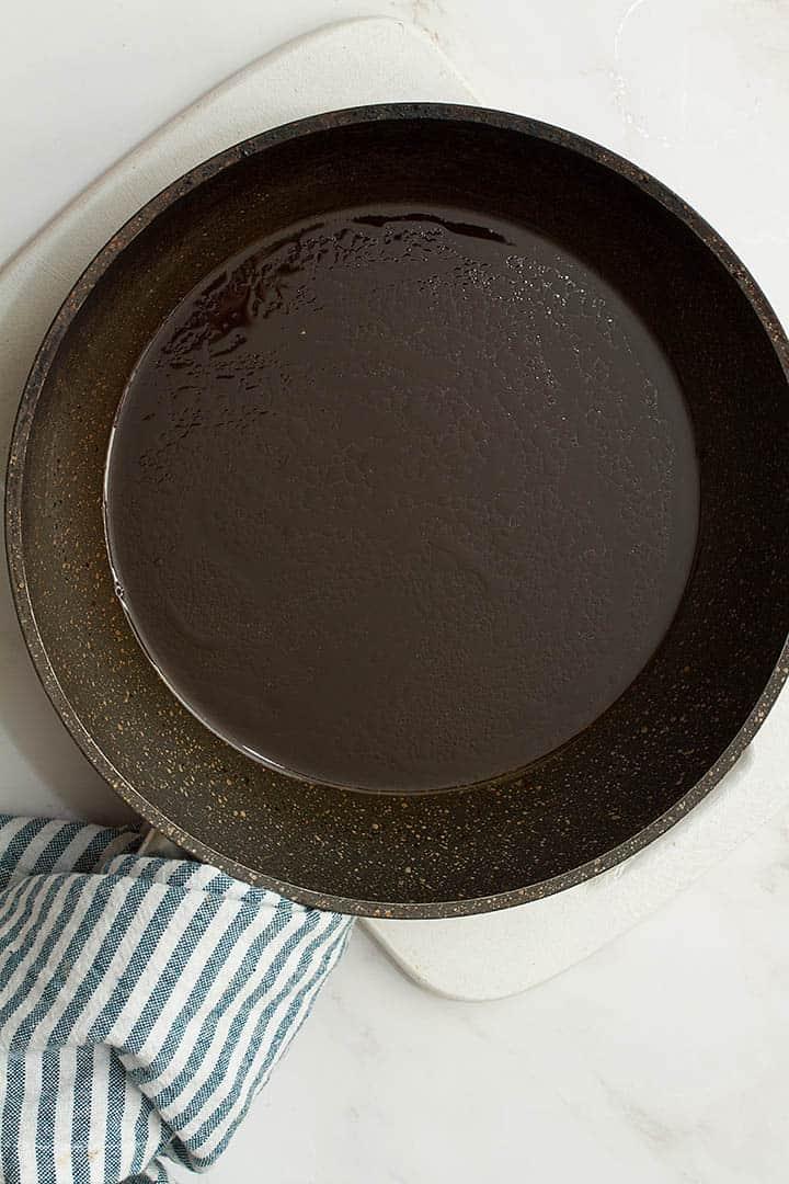vegan pad thai sauce in pan