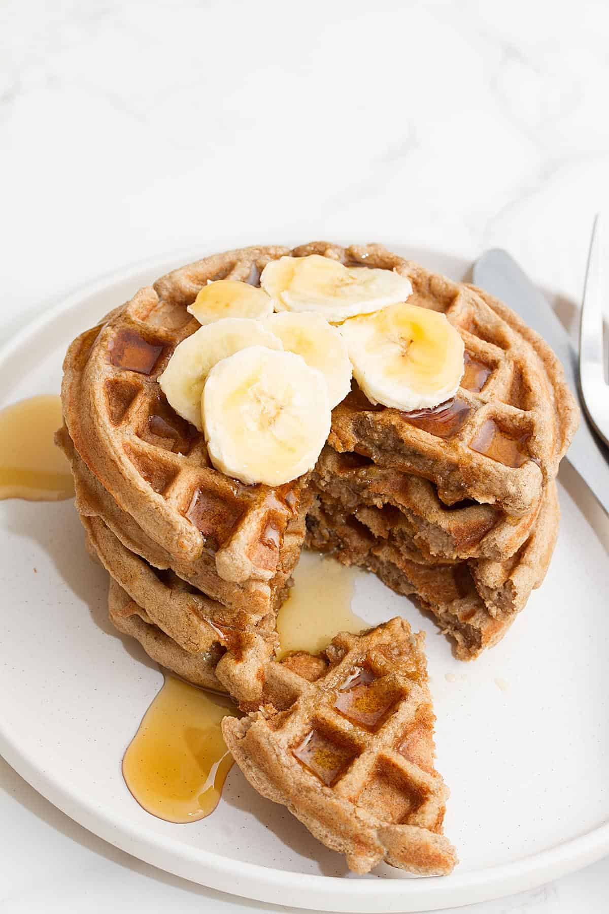 banana oat waffles healthy
